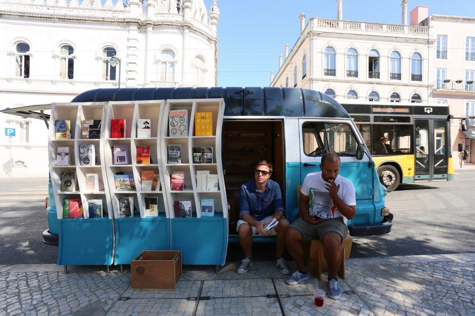 08. books on wheels